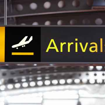 Private transfer service from Nice Airport to Genoa