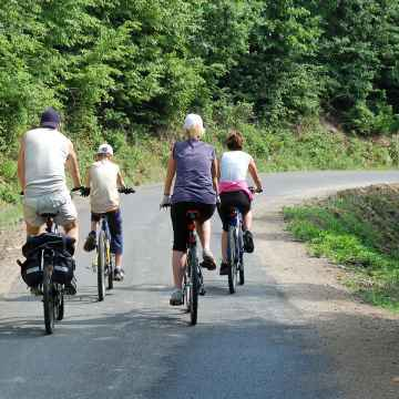 One Day excursion by Electric Bike around the Chianti Region from Florence, Siena or San Gimignano