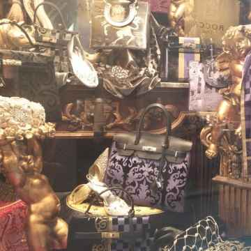 Luxury Shopping Tour in Venice with Personal Shopper