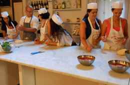 Pizza and gelato cooking class