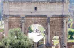 Arch in Roman Forum area during a Tour