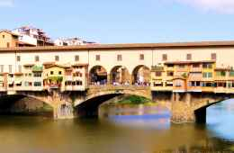 Tour of the most important monuments and squares in Florence