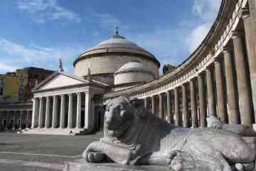 Tour privado a Nápoles y Pompeya en coche desde Roma