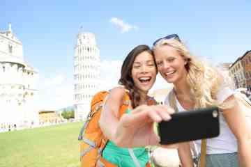 Full-day group tour of Lucca and Pisa from Florence, with lunch included