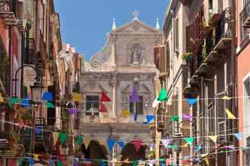 Tour guidato del centro storico di Cagliari con degustazione di prodotti tipici