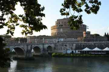 Semiprivate Group Tour of Castel SantAngelo in Rome with Tickets Included