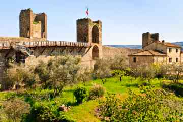 4-Day Enogastronomic Tour in Central Tuscany with Your own Car