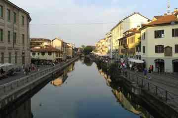Tour a piedi e visita guidata dei Navigli, tra la movida di Milano
