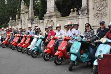 Private half-day tour from Rome to Ostia Antica on board a Vespa
