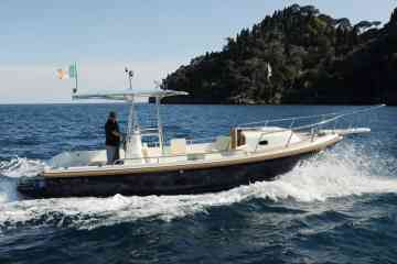 Cinque Terre private boat eXPerience with lunch included