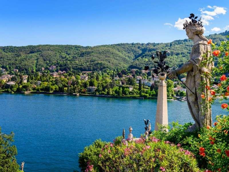 Private amazing guided cruise activity of the lake maggiore for Stresa lake maggiore