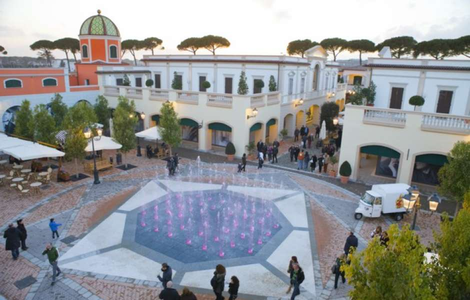 The best outlet malls in Italy cc94988c85d