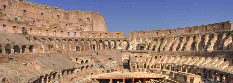 Tour per piccoli gruppi del Colosseo e del Foro Romano con biglietti inclusi