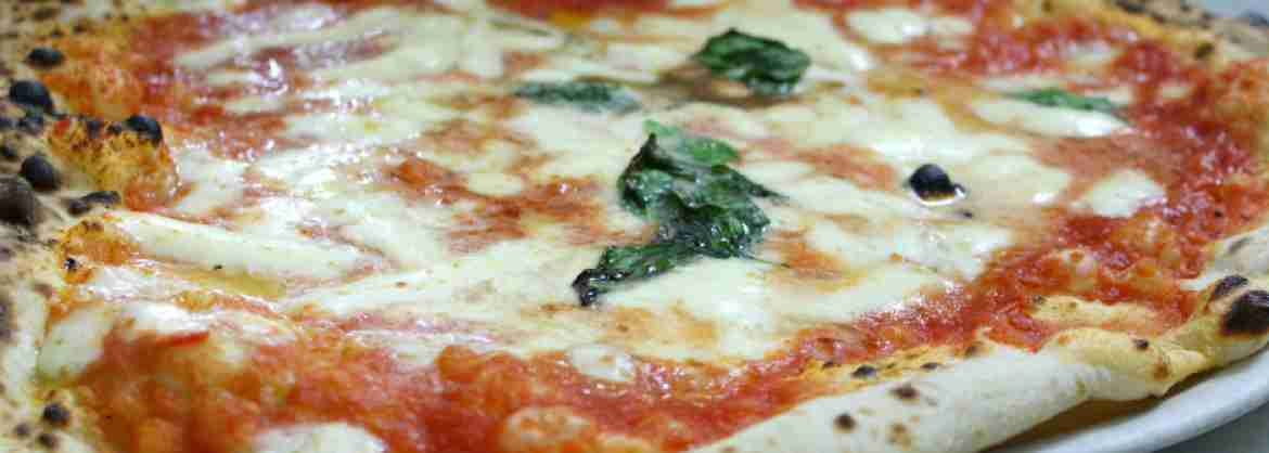 Pizza Cooking Class and fun activity to do in Rome with an Italian Pizza Maker