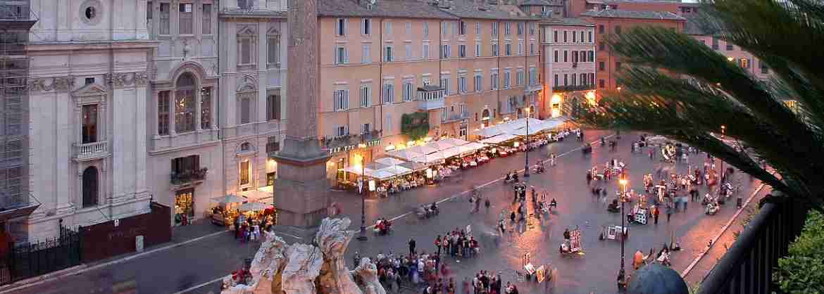 Small Group Tour of main Squares of Rome at Sunset