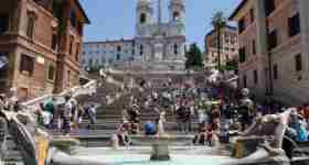 Roma squares and fountain for kids